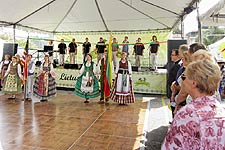 Lithuanian Days - Lithaunian Fair Los Angeles - Lietuviu Dienos 2012 - LB Spindulys on stage